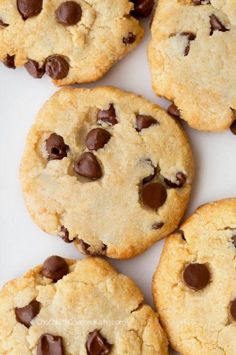 Sugar Free Chocolate Chip Keto Cookies